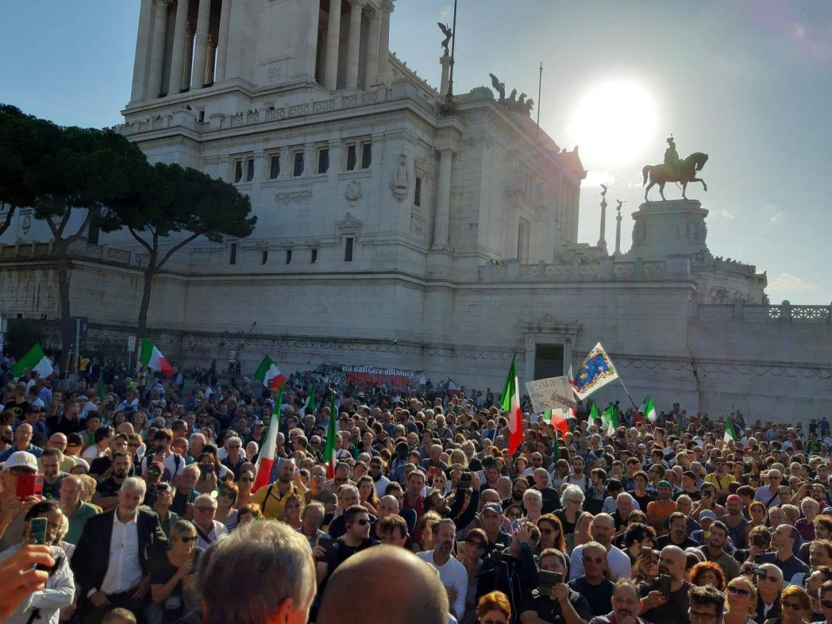 Kräftiges Lebenszeichen für den Italexit auf Basis der sozialen und antifaschistischen Verfassung